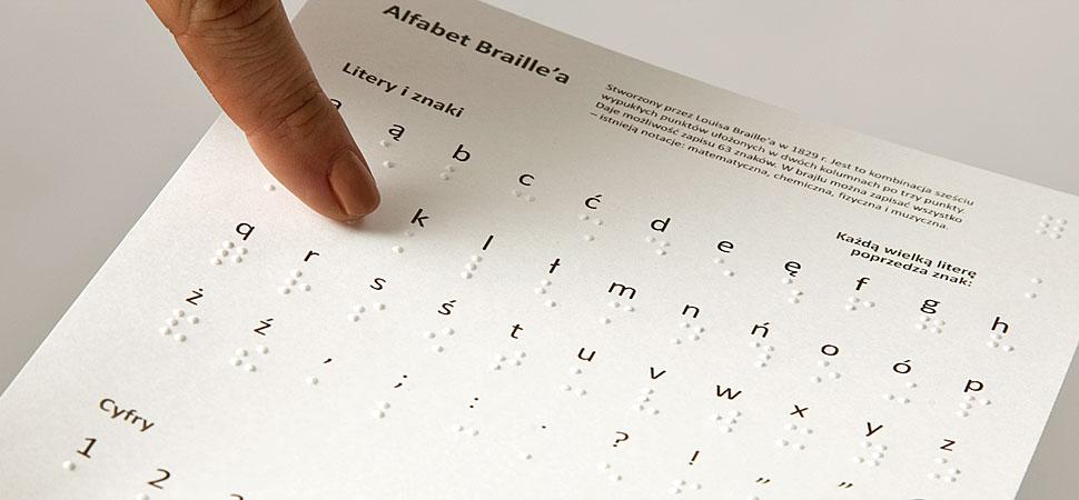 Karta do gry edukacyjnej z wytłoczonym alfabetem Braille'a