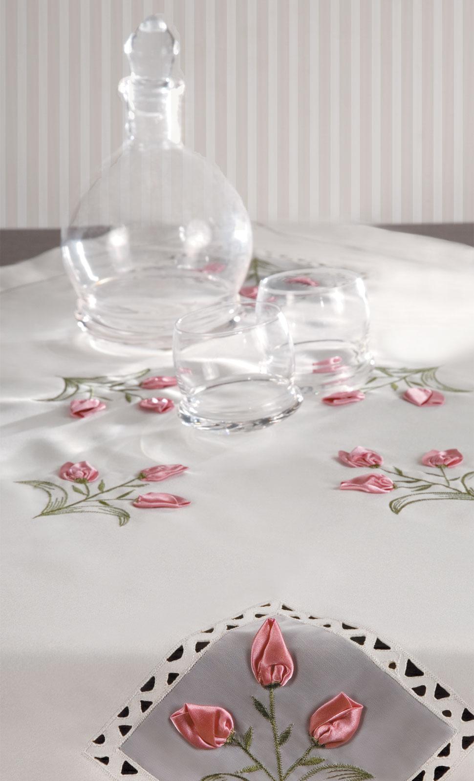 Aranżacja tekstyliów domowych do katalogu